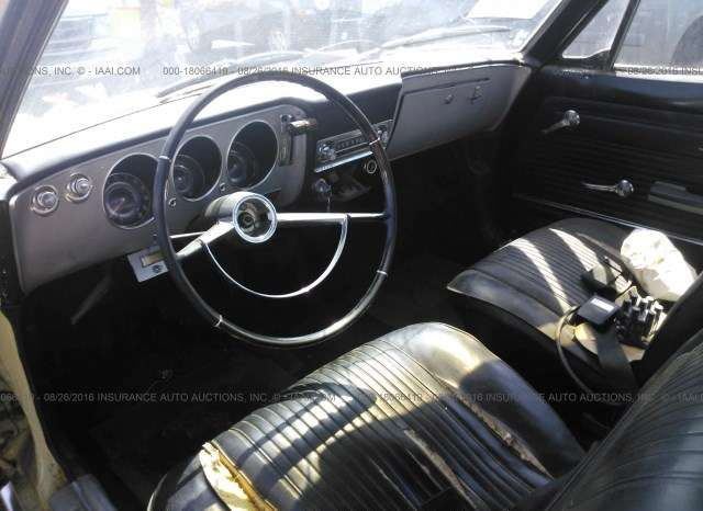 1965 Chevrolet Corvair 4